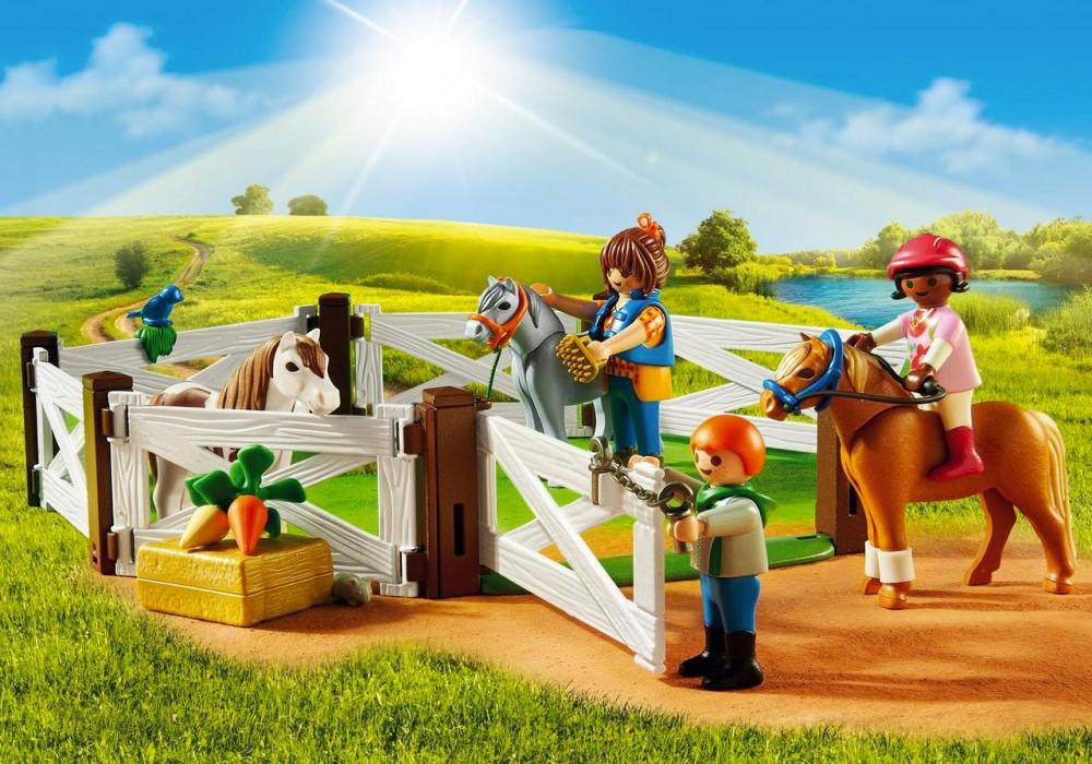 Amazon playmobil poney club