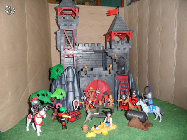 Playmobil chateau fort dragon rouge