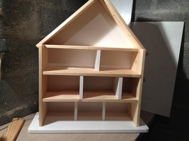 Maison playmobil en bois plan - Plan maison de campagne playmobil ...