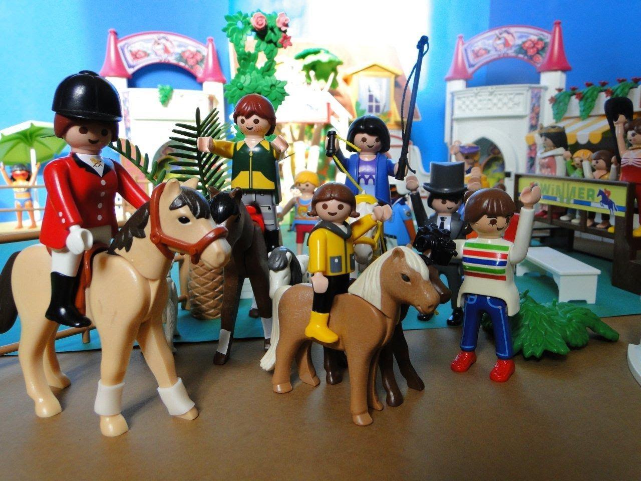 Playmobil carrière chevaux